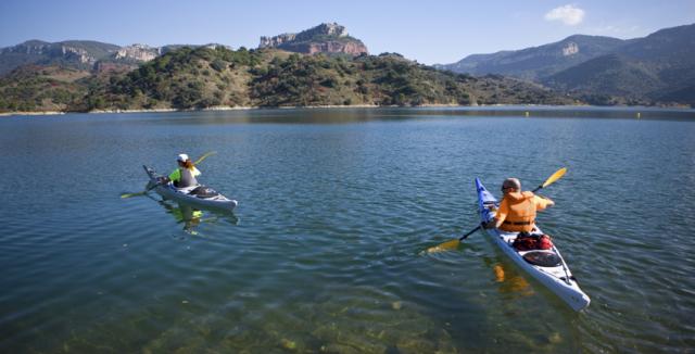 Kayak por el emblase de Siurana