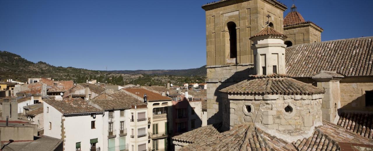 Esglèsia de Santa Maria de Cornudella de Montsant.