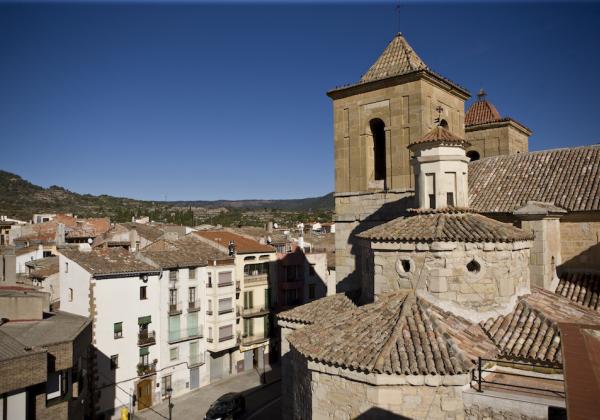 Església de Santa Maria de Cornudella de Montsant.