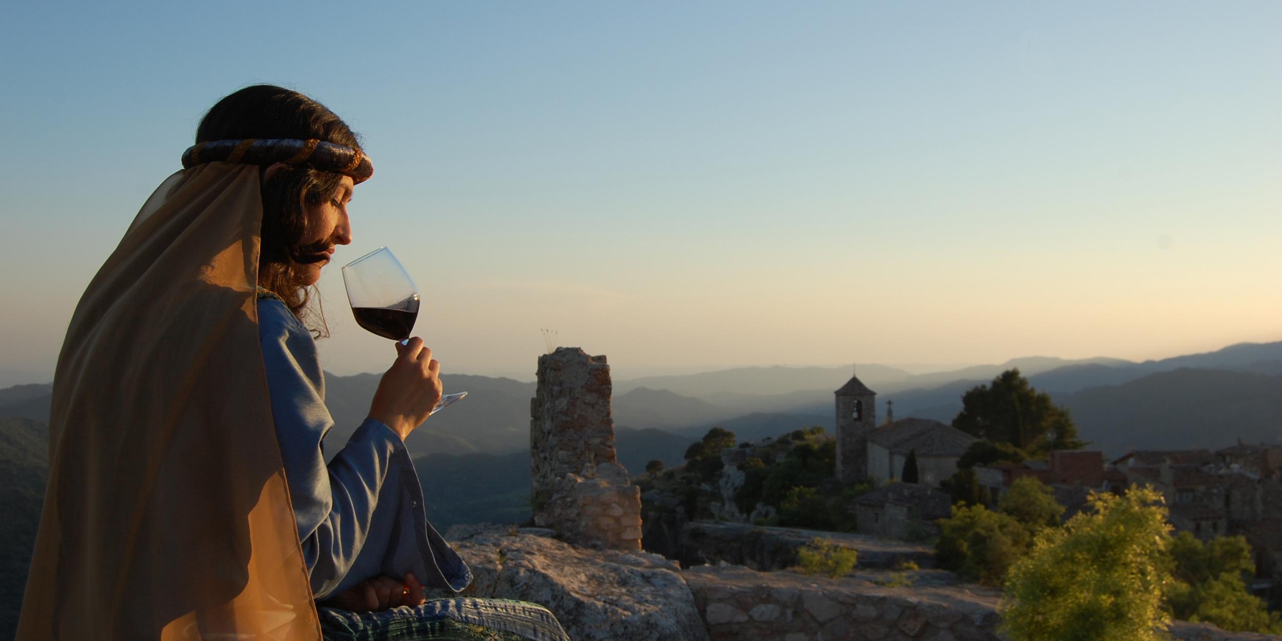 Activitat d'estiu a Siurana: música, vins i llegendes a la posta de sol